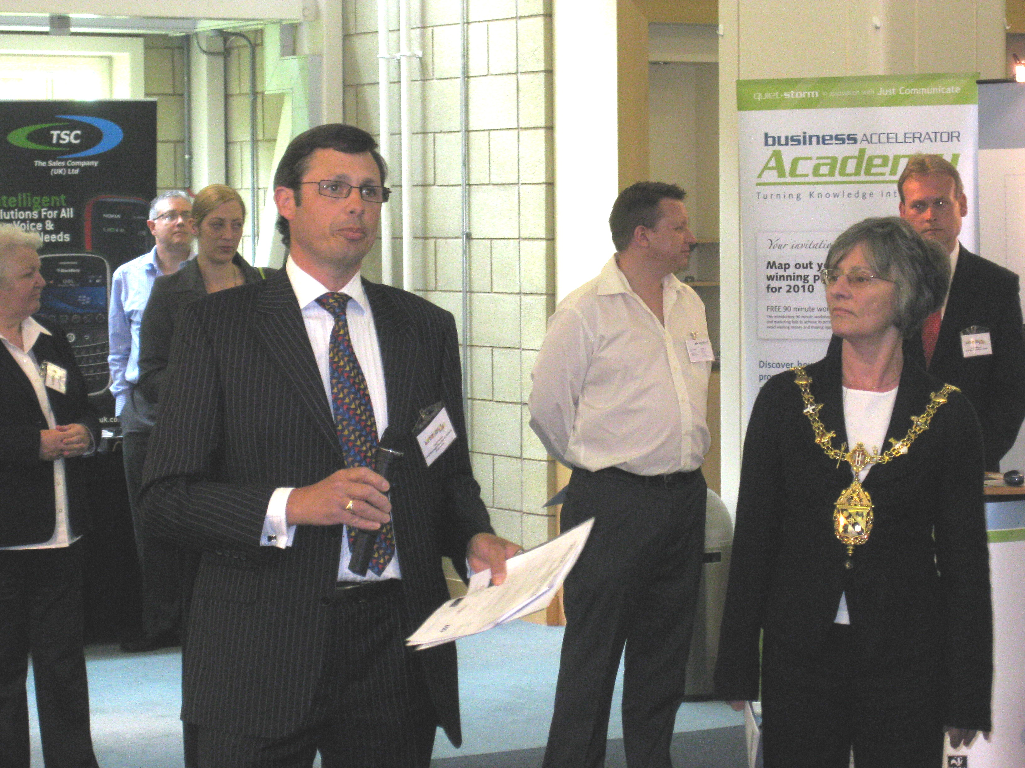 Paul Fileman, President of Loughborough Chamber of Trade & Commerce introduces the Mayor, Councillor Jill Vincent.